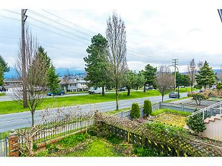 "Photo 3: 3128 E 1ST Avenue in Vancouver: Renfrew VE House for sale in ""RENFREW"" (Vancouver East)  : MLS®# V1108136"