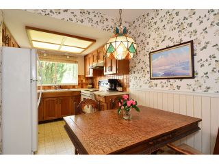 """Photo 11: 1820 140B Street in Surrey: Sunnyside Park Surrey House for sale in """"Ocean Bluff"""" (South Surrey White Rock)  : MLS®# F1436536"""