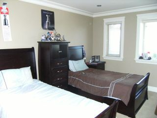 """Photo 16: 7468 149TH Street in Surrey: East Newton House for sale in """"CHIMNEY"""" : MLS®# F1110344"""