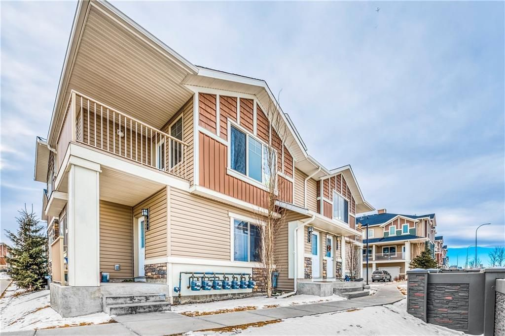 Main Photo: 907 250 SAGE VALLEY Road NW in Calgary: Sage Hill Row/Townhouse for sale : MLS®# A1148770