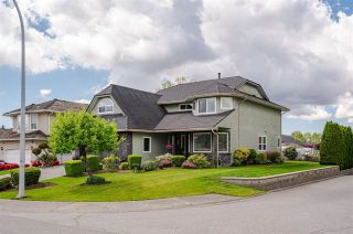 Photo 2: 8419 142 Street in Surrey: Bear Creek Green Timbers House for sale : MLS®# R2576240