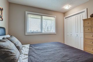 Photo 34: 20 Woodfield Road SW in Calgary: Woodbine Detached for sale : MLS®# A1100408