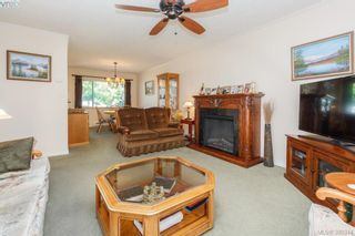Photo 6: 18 4120 Interurban Rd in VICTORIA: SW Strawberry Vale Row/Townhouse for sale (Saanich West)  : MLS®# 796838