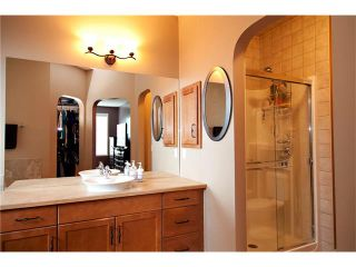 Photo 9: 457 BOULDER CREEK Way S: Langdon House for sale : MLS®# C4075280