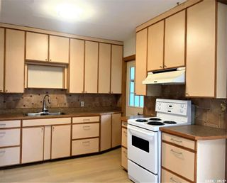 Photo 3: 818 B Avenue North in Saskatoon: Caswell Hill Residential for sale : MLS®# SK864184