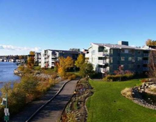 Main Photo: 204- 2020 East Kent Ave South in Vancouver: Fairview VW Condo for sale (Vancouver East)  : MLS®# R2196948