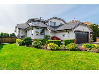 Photo 1: 18746 56B AV in Surrey: Cloverdale BC House for sale (Cloverdale)  : MLS®# F1437247