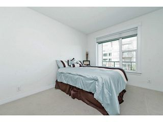 """Photo 14: 202 33539 HOLLAND Avenue in Abbotsford: Central Abbotsford Condo for sale in """"The Crossing - Building B"""" : MLS®# R2517839"""