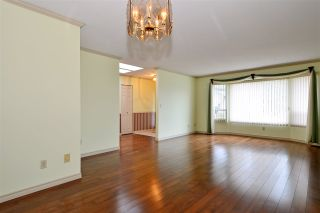 Photo 5: 1927 140A STREET in Surrey: Sunnyside Park Surrey House for sale (South Surrey White Rock)  : MLS®# R2342324
