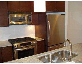 "Photo 3: 801 6888 ALDERBRIDGE Way in Richmond: Brighouse Condo for sale in ""FLO"" : MLS®# V820668"