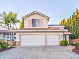 Photo 2: House for sale : 5 bedrooms : 5630 Glenstone Way in San Diego
