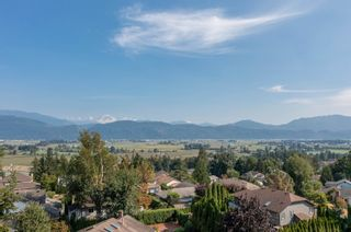 """Photo 20: 2249 MOUNTAIN Drive in Abbotsford: Abbotsford East House for sale in """"Mountain Village"""" : MLS®# R2609681"""