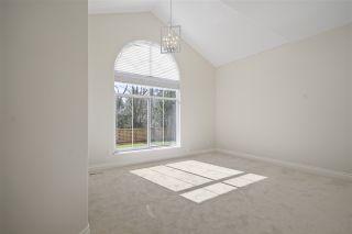 "Photo 18: 12635 55 Avenue in Surrey: Panorama Ridge House for sale in ""PANORAMA RIDGE"" : MLS®# R2351440"