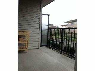 Photo 5: 214 13740 75A Avenue in Surrey: East Newton Condo for sale : MLS®# F1400632