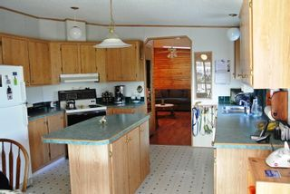 """Photo 4: 82 41168 LOUGHEED Highway in Mission: Dewdney Deroche Manufactured Home for sale in """"Oasis Country Estates"""" : MLS®# R2014800"""