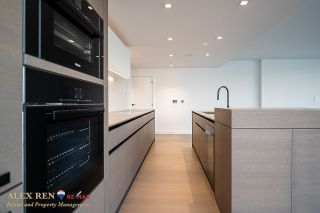 Photo 14:  in Vancouver: Downtown Condo for rent : MLS®# AR137