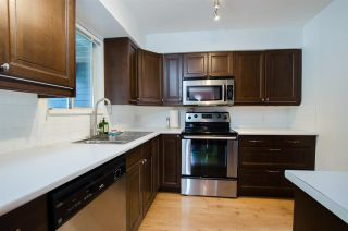 """Photo 8: 2309 RIVERWOOD Way in Vancouver: South Marine Townhouse for sale in """"Southshore"""" (Vancouver East)  : MLS®# R2410470"""
