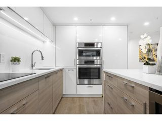 """Photo 8: 1210 1050 BURRARD Street in Vancouver: Downtown VW Condo for sale in """"WALL CENTRE"""" (Vancouver West)  : MLS®# R2587308"""