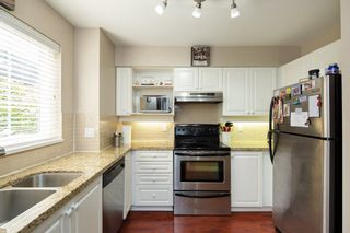 """Photo 8: 43 1561 BOOTH Avenue in Coquitlam: Maillardville Townhouse for sale in """"THE COURCELLES"""" : MLS®# R2297368"""