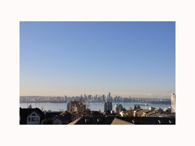Main Photo: 3 700 ST GEORGES AV in North Vancouver: Central Lonsdale Home for sale ()  : MLS®# V1005964