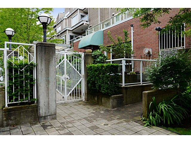 "Main Photo: 101 789 W 16TH Avenue in Vancouver: Fairview VW Condo for sale in ""CAMBIE VILLAGE"" (Vancouver West)  : MLS®# V1071791"