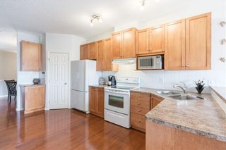 Photo 9: 189 ROYAL CREST View NW in Calgary: Royal Oak Semi Detached for sale : MLS®# C4297360