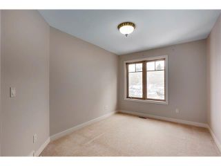 Photo 19: 4817 23 Avenue NW in Calgary: Montgomery House for sale : MLS®# C4096273