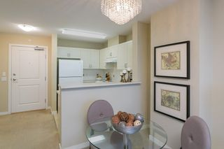 """Photo 5: 706 2799 YEW Street in Vancouver: Kitsilano Condo for sale in """"TAPESTRY AT ARBUTUS WALK"""" (Vancouver West)  : MLS®# R2255662"""