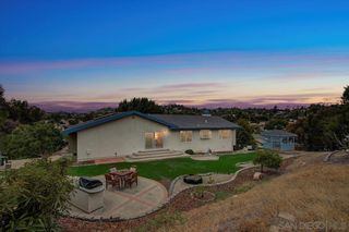 Photo 2: LA MESA House for sale : 4 bedrooms : 4102 Morning Star Ct