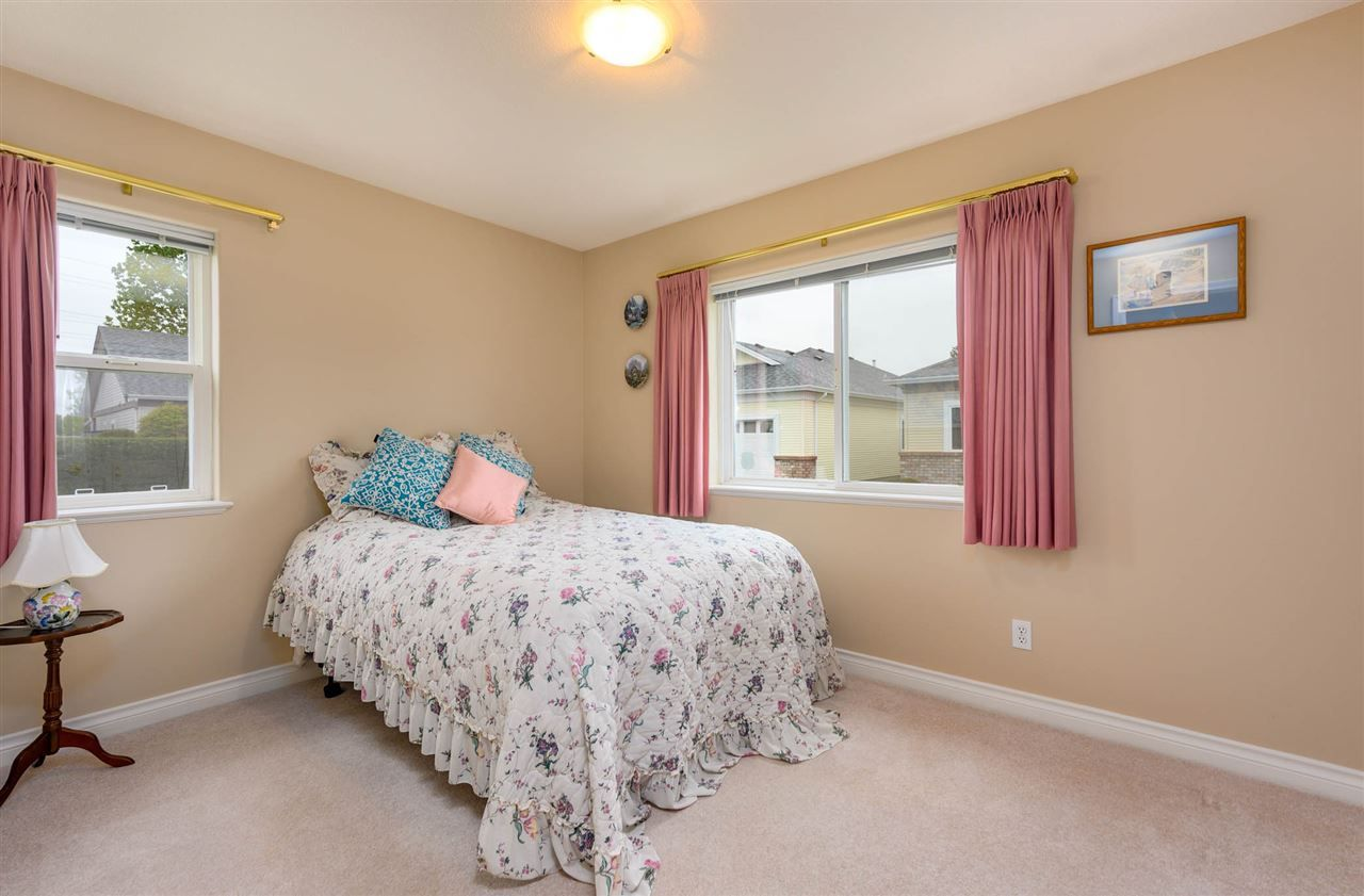 """Photo 15: Photos: 174 8485 YOUNG Road in Chilliwack: Chilliwack W Young-Well Townhouse for sale in """"Hazelwood Grove"""" : MLS®# R2452221"""