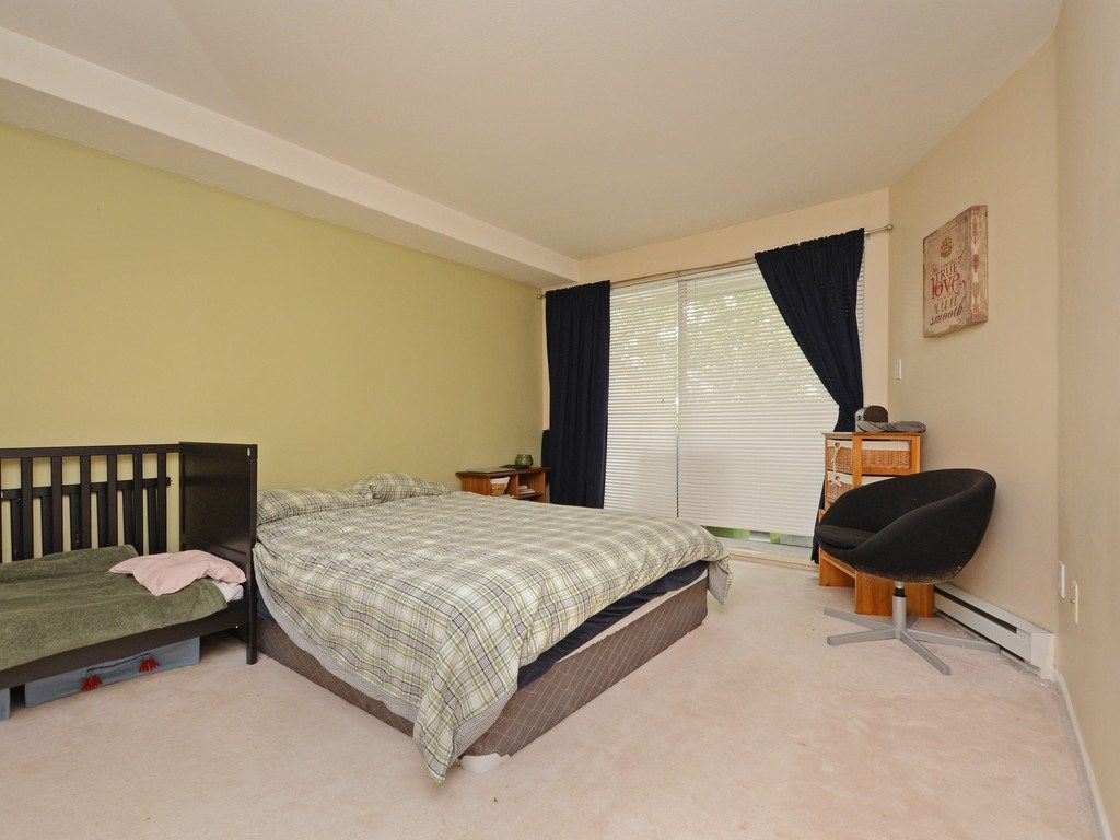 Photo 12: Photos: 412 1575 BEST Street: White Rock Condo for sale (South Surrey White Rock)  : MLS®# R2299527