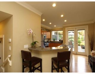 Photo 5: 1658 St. Georges Avenue in North Vancouver: Central Lonsdale Townhouse for sale : MLS®# V794083