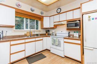 Photo 7: 2811 Ronald Rd in VICTORIA: La Glen Lake House for sale (Langford)  : MLS®# 772116