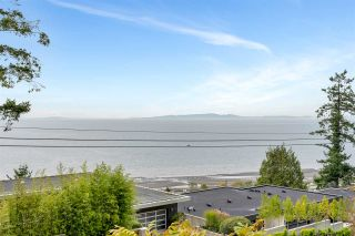 """Photo 7: 14887 HARDIE Avenue: White Rock House for sale in """"White Rock"""" (South Surrey White Rock)  : MLS®# R2509233"""