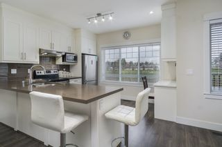 """Photo 6: 30 6971 122 Street in Surrey: West Newton Townhouse for sale in """"Aura"""" : MLS®# R2440521"""