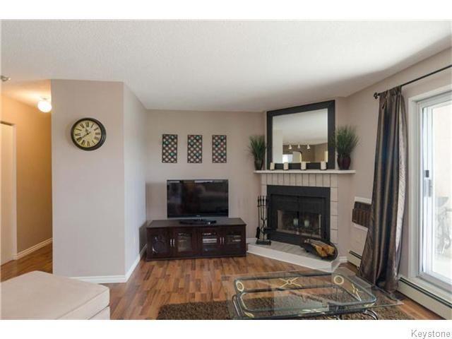 Photo 2: Photos: 481 Thompson Drive in WINNIPEG: St James Condominium for sale (West Winnipeg)  : MLS®# 1600654
