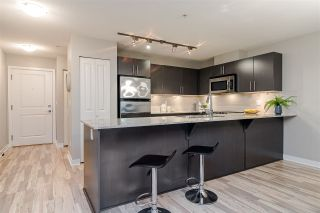 "Photo 7: 129 8915 202 Street in Langley: Walnut Grove Condo for sale in ""THE HAWTHORNE"" : MLS®# R2529871"