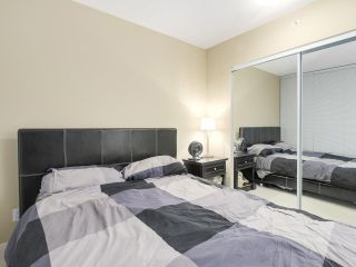 "Photo 12: 2305 1155 SEYMOUR Street in Vancouver: Downtown VW Condo for sale in ""BRAVA"" (Vancouver West)  : MLS®# R2266500"