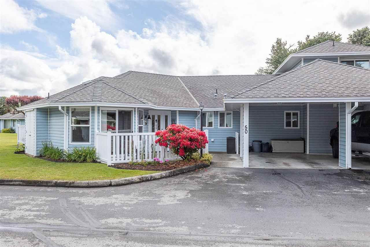 """Main Photo: 50 34899 OLD CLAYBURN Road in Abbotsford: Abbotsford East Townhouse for sale in """"Crown Point Villas"""" : MLS®# R2588503"""