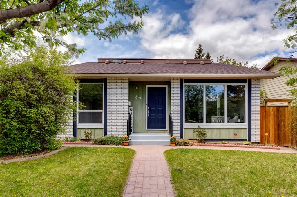 Main Photo: 84 Bermuda Way NW in Calgary: Beddington Heights Detached for sale : MLS®# A1112506