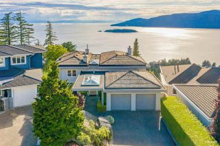 Photo 2: 5476 WEST VISTA Court in West Vancouver: Upper Caulfeild House for sale : MLS®# R2591383