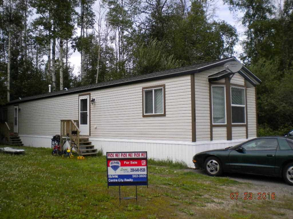 """Main Photo: 110 6100 O'GRADY Road in Prince George: St. Lawrence Heights Manufactured Home for sale in """"ST LAWRENCE HEIGHTS"""" (PG City South (Zone 74))  : MLS®# R2094214"""