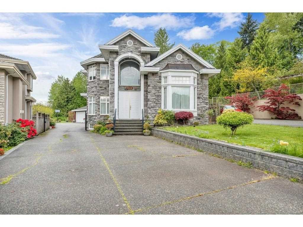 Main Photo: 7108 SOUTHVIEW Place in Burnaby: Montecito House for sale (Burnaby North)  : MLS®# R2574942
