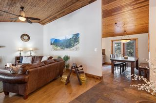 Photo 15: 4 Manyhorses Gardens: Bragg Creek Detached for sale : MLS®# A1069836