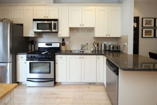 """Photo 7: 37 12251 NO. 2 Road in Richmond: Steveston South Townhouse for sale in """"NAVIGATOR'S COVE"""" : MLS®# R2318201"""