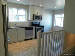 Photo 6: 610 Manchester Rd in VICTORIA: Vi Burnside Half Duplex for sale (Victoria)  : MLS®# 666380