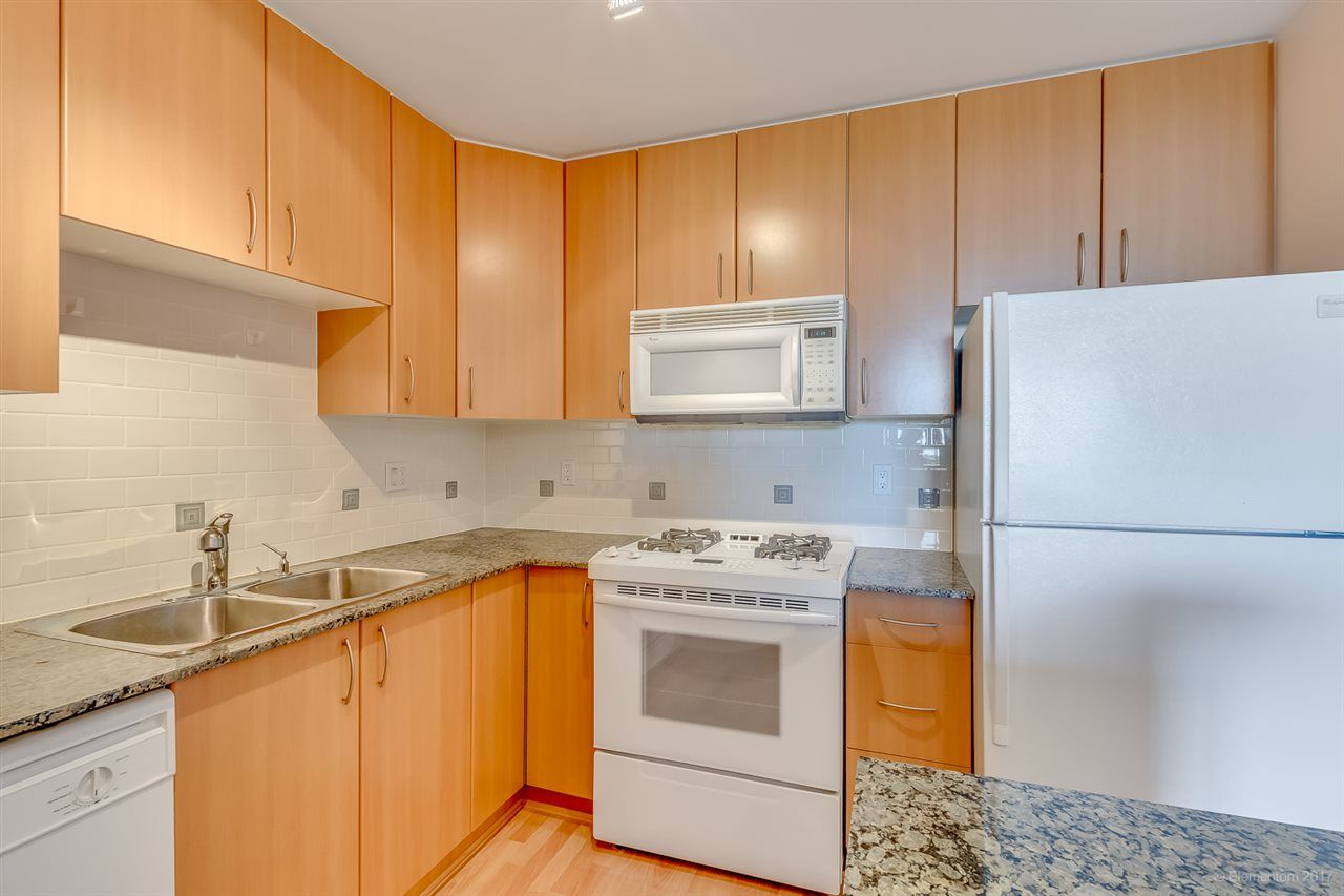 """Photo 4: Photos: 805 8460 GRANVILLE Avenue in Richmond: Brighouse South Condo for sale in """"THE PALMS"""" : MLS®# R2183275"""