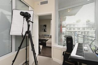 """Photo 10: 807 38 W 1ST Avenue in Vancouver: False Creek Condo for sale in """"THE ONE"""" (Vancouver West)  : MLS®# R2525858"""