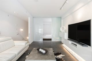 """Photo 5: 272 E 2ND Avenue in Vancouver: Mount Pleasant VE Condo for sale in """"JACOBSEN"""" (Vancouver East)  : MLS®# R2545378"""