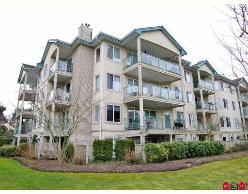 "Main Photo: 402 20433 53RD Avenue in Langley: Langley City Condo for sale in ""Countryside Estates"" : MLS®# F2918107"